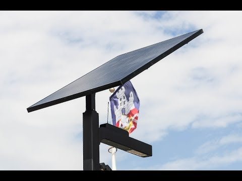 Smart solar street light in Stari grad